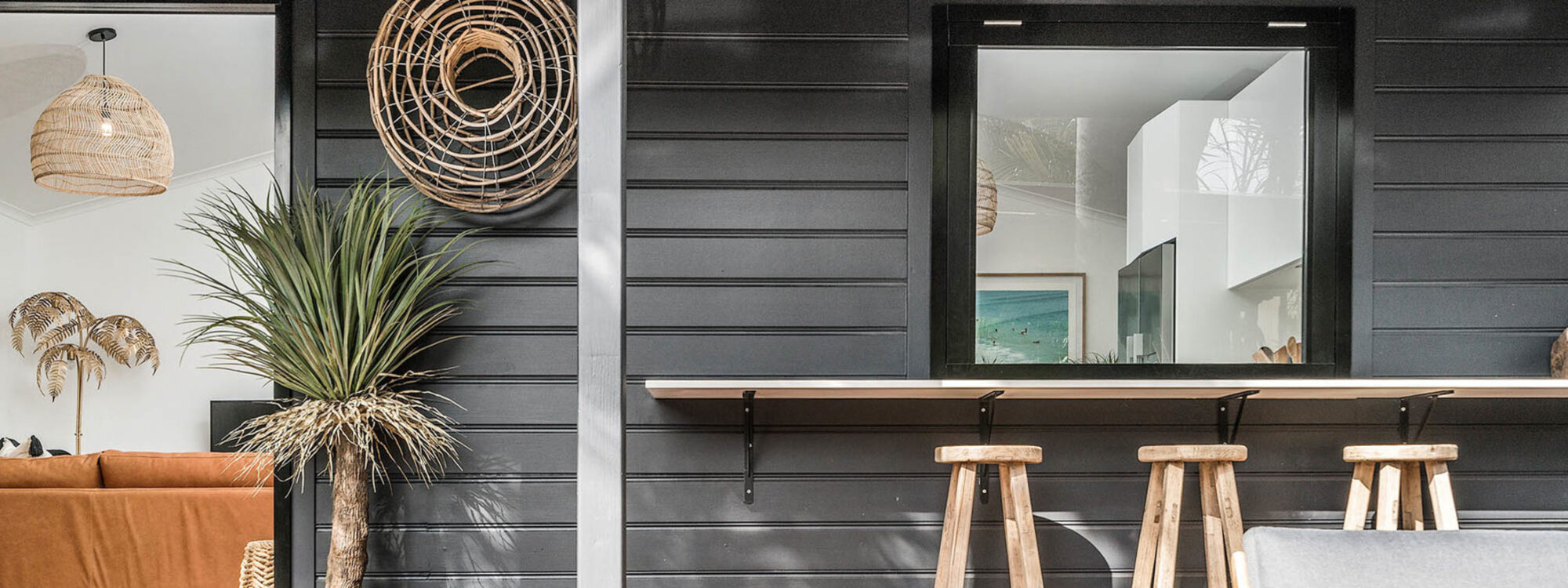 Three Salty Sisters - Byron Bay - Kitchen Outdoor Servery c