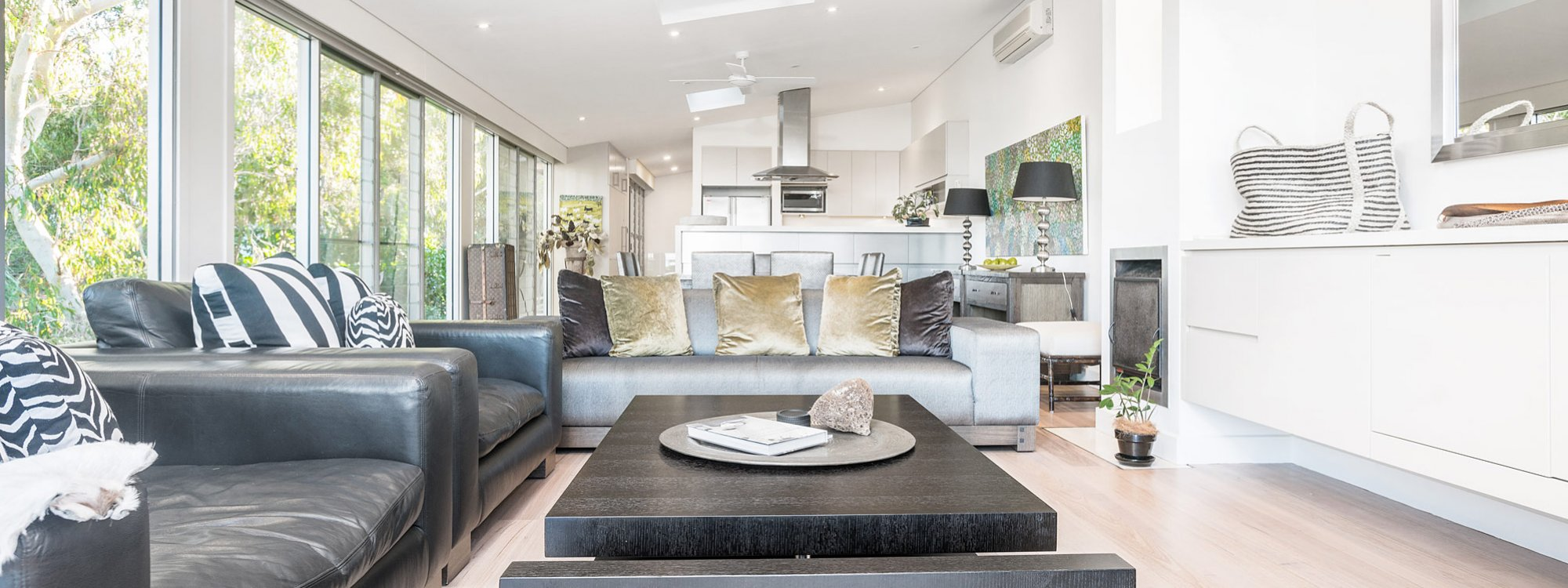 Vue From Here - Byron Bay - Living Area d