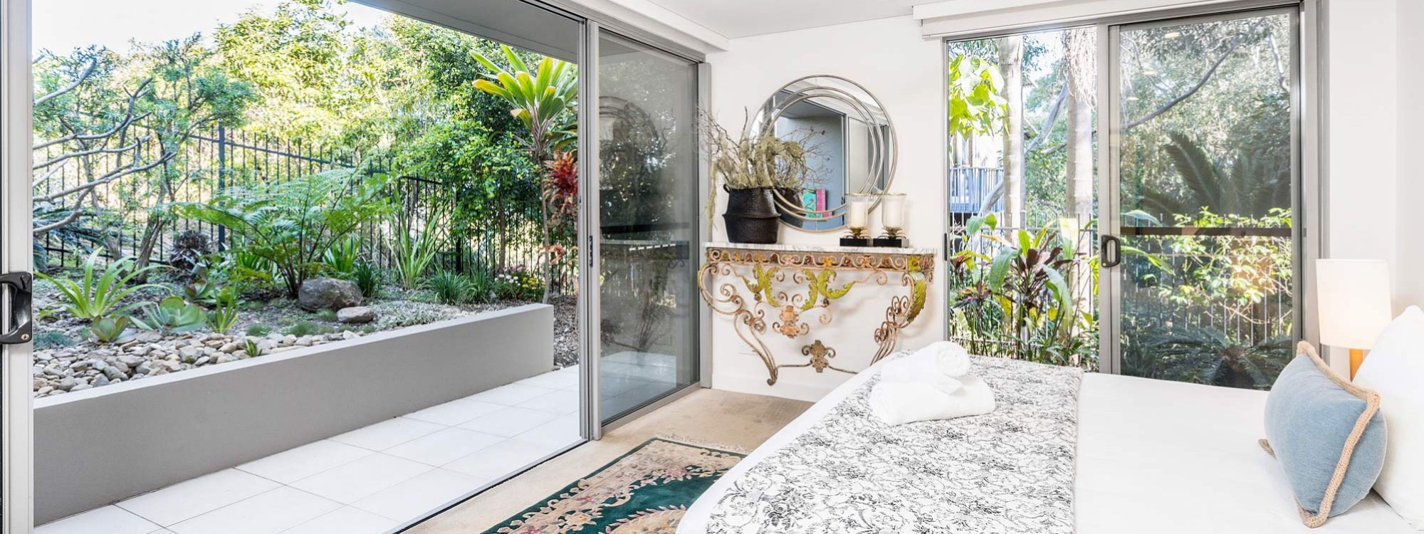 Vue From Here - Byron Bay - Master Bedroom