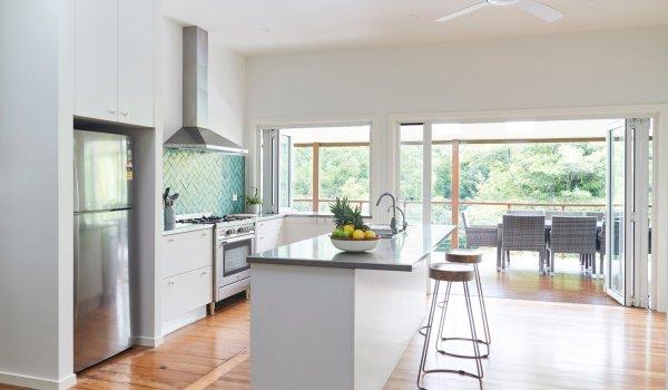 Mahalo House - Kitchen