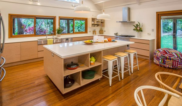 Apalie Retreat - Ewingsdale - spacious chefs kitchen