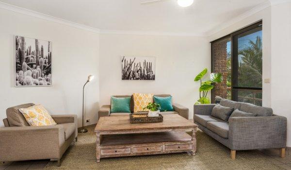 Byron Breeze 5 - lounge