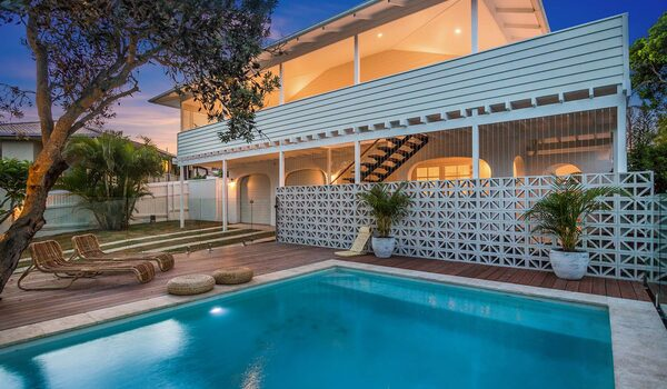 Castaway on Tallows - Byron Bay - Evening View of Pool a