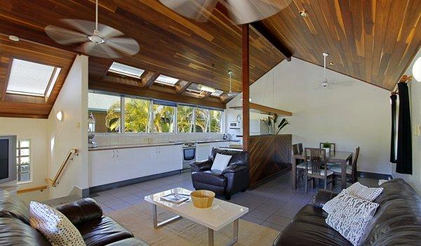 Clarkes Beach Villa - Living Area