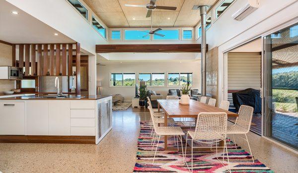 Hinterland Harmony - Kitchen dining area