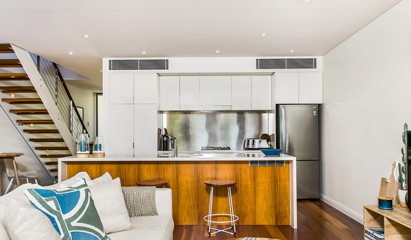 Kiah Seascape - Kitchen & Living Area
