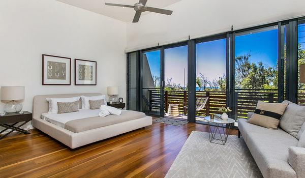 Kiah Seascape - Bedroom