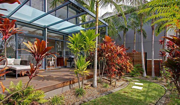 Ocean View at Kiah - private garden