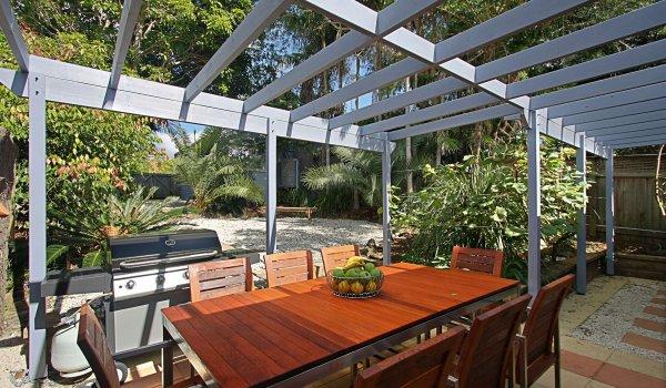Harkaway - Outdoor Dining & BBQ