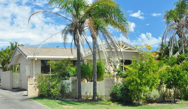 Langdons of Angels - Lennox Head - Front of House