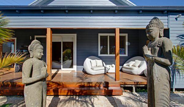 Byron Highlander Villa - Exterior Details