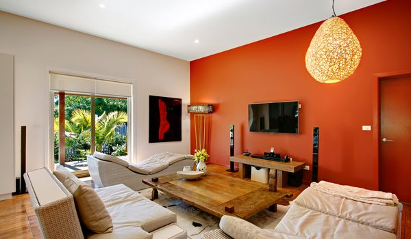 Byron Highlander Villa - Living Room