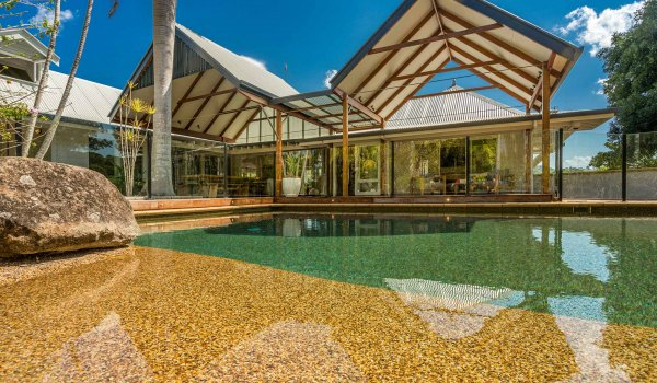 Rockinghorse-House---Byron-Hinterland---Pool