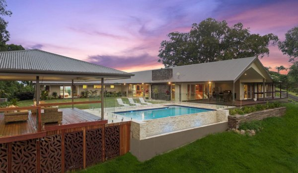 Serene Myocum - Byron Bay - House Pool and Cabana