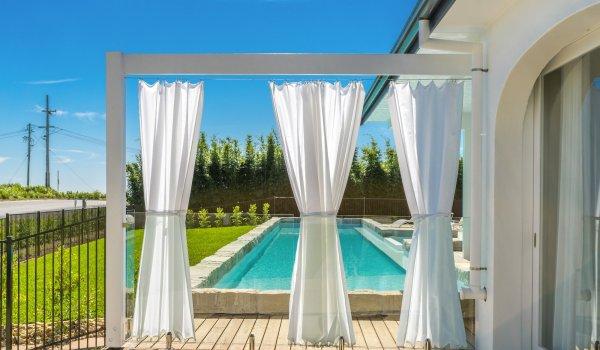 Villa St Helena - special pool setting