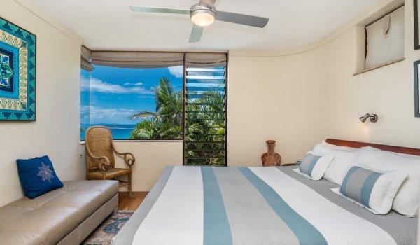 Wategos Retreats Apartment - Wategos Beach - Byron Bay - Apartment Bedroom with Views
